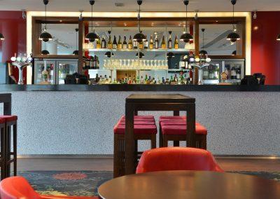 Langleys Bar front